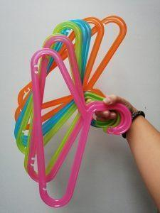 Ikea shoplog - Kinder kapstokken gekleurd