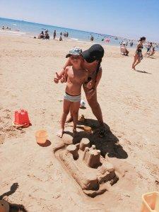 Zandkasteel bouwen in Sicilië Porto Empedocle