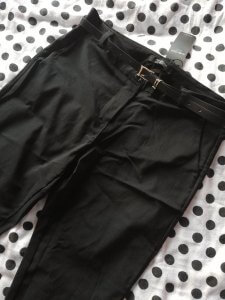 Zwarte pantalon - Black is my happy color - Lipoedeem