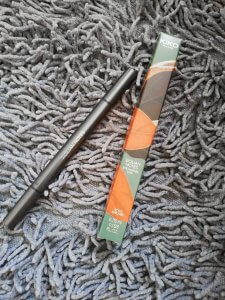 double eye liner pencil Sicilian notes Kiko